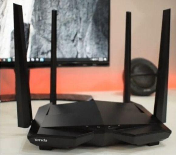 Tenda AC10 AC1200 wireless router